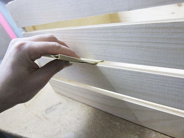lixar caixote de madeira