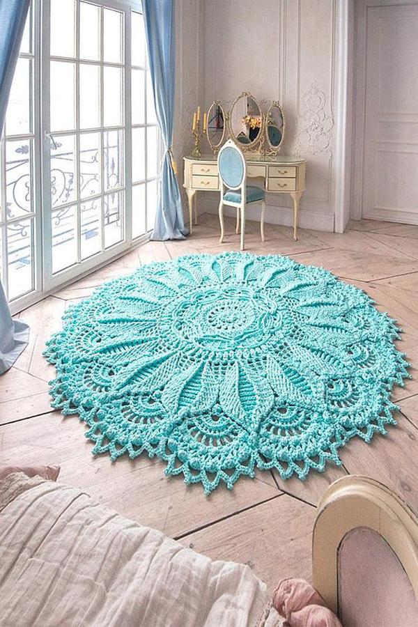 tapete redondo de crochê azul