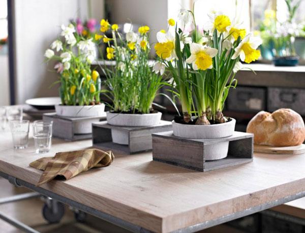 Móvel-de-madeira-com-flores