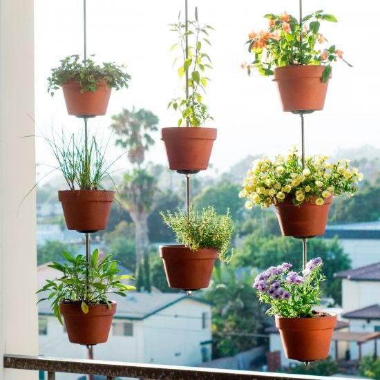 Jardim-vertical-na-janela