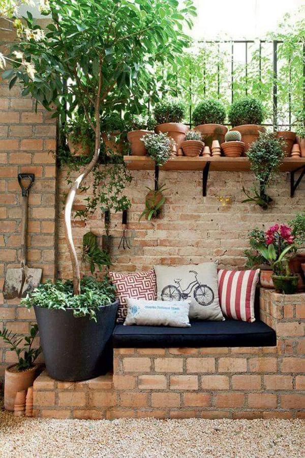 plantas na área externa