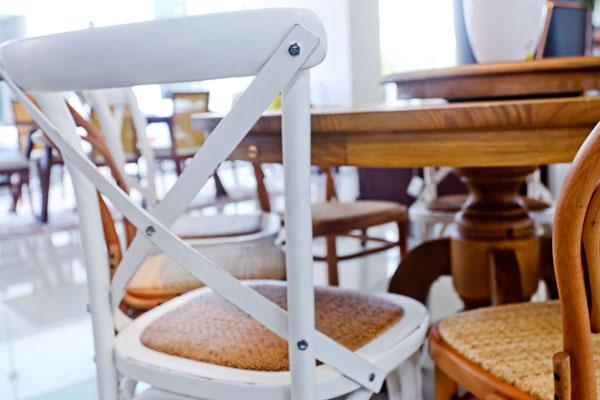Cadeiras-de-madeira