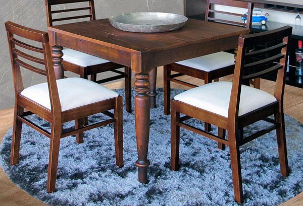 Cadeira-de-madeira-estofada