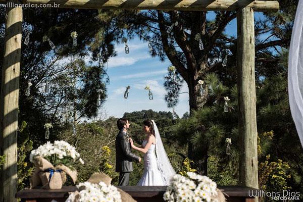 Garrafas na decoração de casamento
