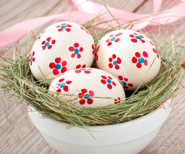 DIY Decore cascas de ovos para a Páscoa Blog Casa da Iaza -> Como Enfeitar Ovo De Galinha Para Pascoa