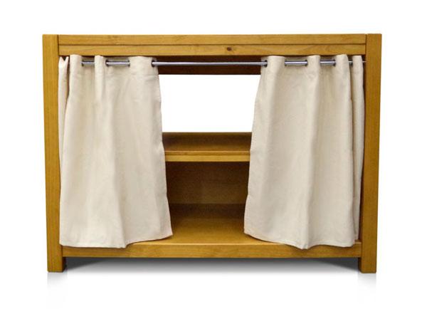 Balcão de madeira com cortina kubo