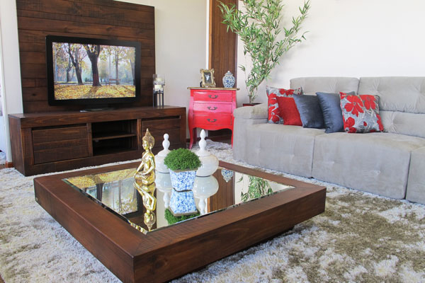 rack para tv rústico de madeira