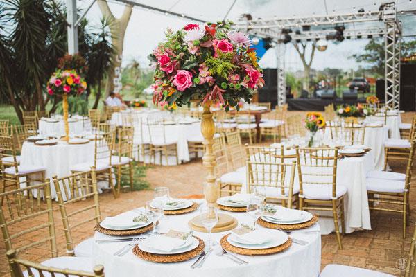 flores no casamento boho