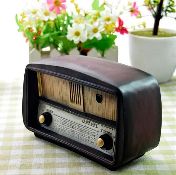 rádio antigo na decoração