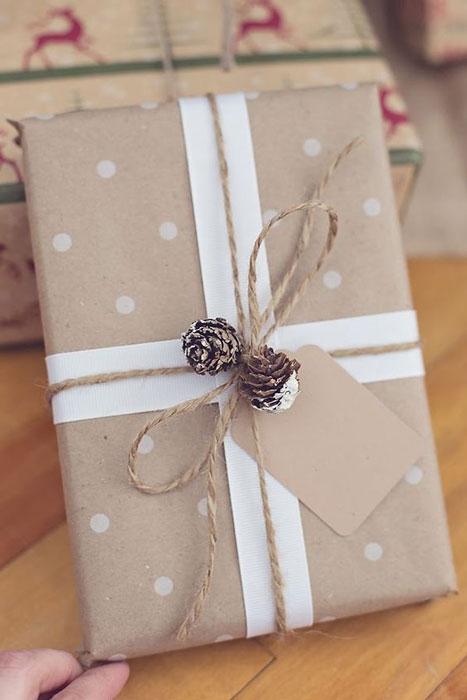 personalize embrulhos de natal