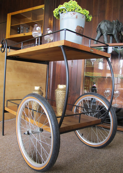 decoração da casa com carrinho de chá