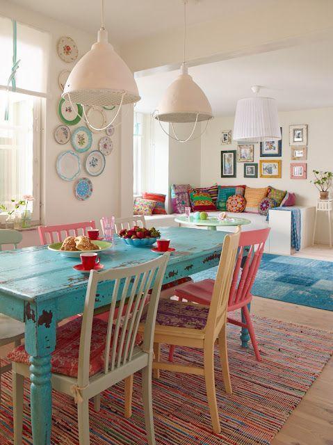 móveis coloridos na decoração