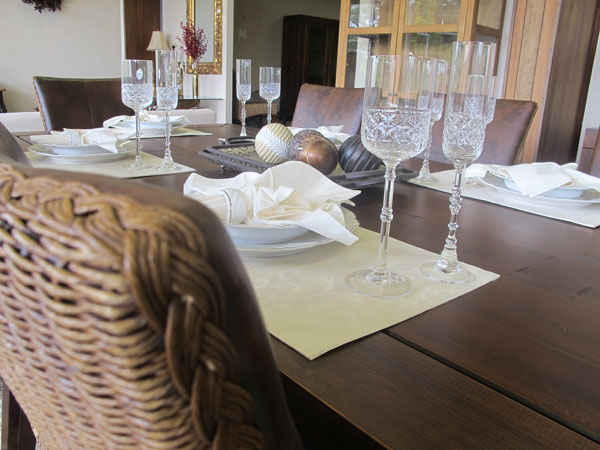 jogos americanos na mesa de jantar