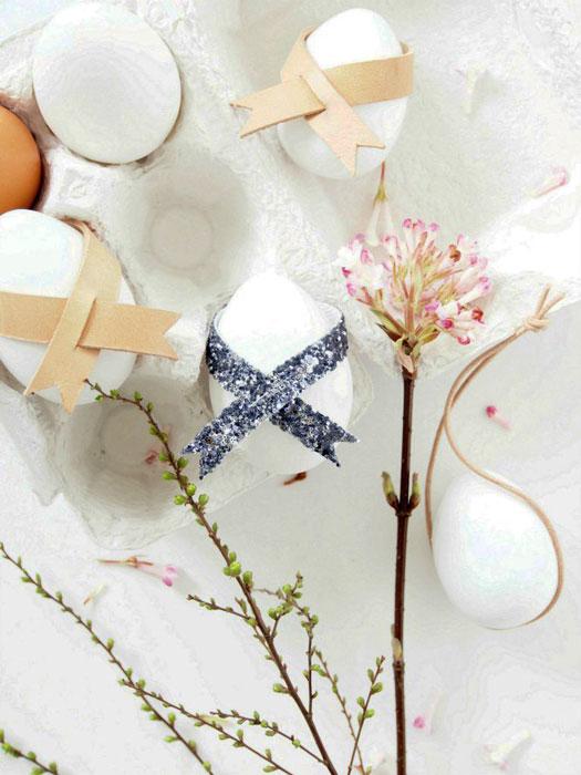 Ovos de Páscoa pendentes
