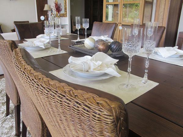 cadeira de fibra natural na decoração