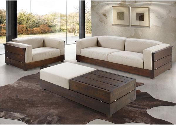 Sofá de madeira âmbar