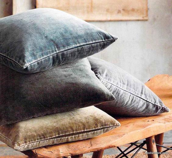 Almofadas de veludo na decoração