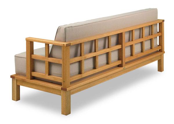 Sofás de madeira na Iaza
