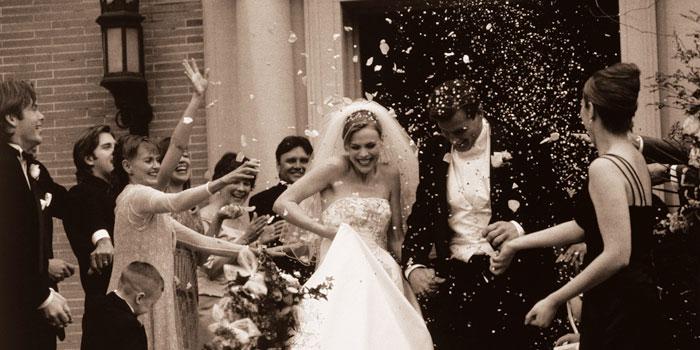 chuva de arroz no casamento clássico