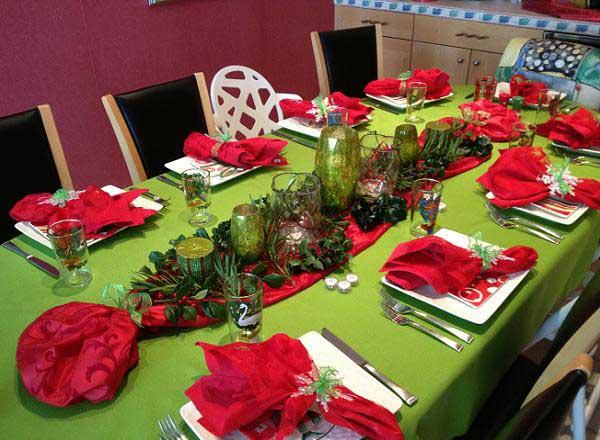 Decoração da mesa de natal verde