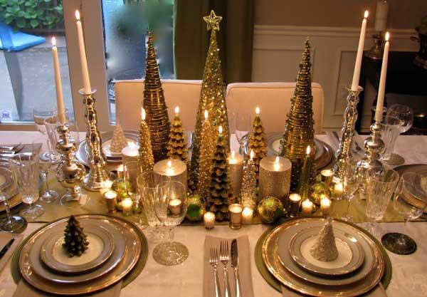 Decoração da mesa de natal branca