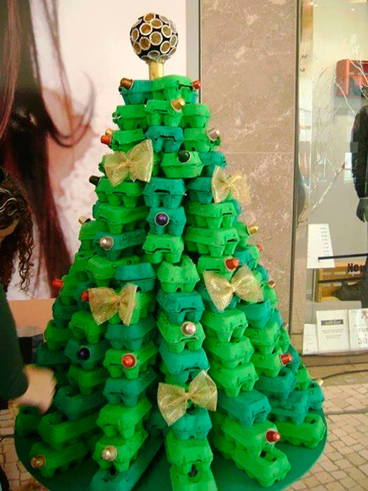 árvore de natal reclicada - blog iaza móveis