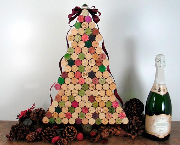 árvore de natal com rolhas de vinho