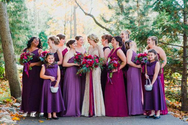 vestidos ultravioleta no casamento