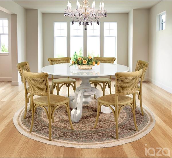 mesa de jantar com vidro na decoração