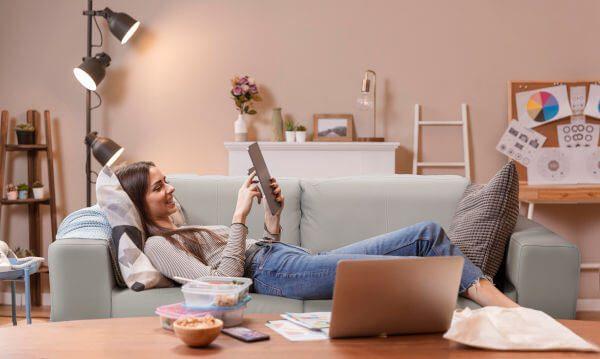 Sófa para assistir tv e ler