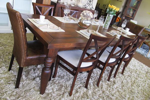 sala de jantar rústica decorada