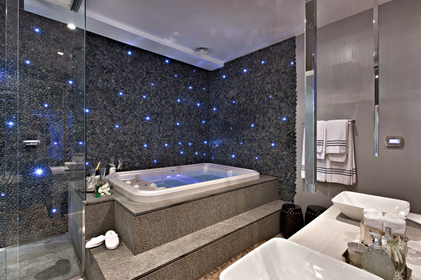 sala de banho escura