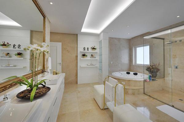 sala de banho branca