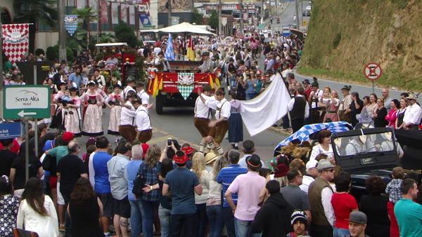 festa típica alemã em Santa Catarina