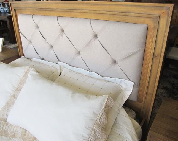 cama de madeira Tucson