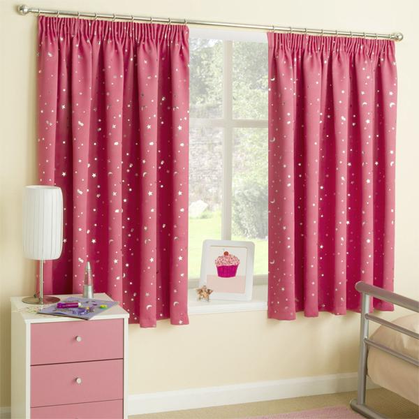 cortina infantil rosa