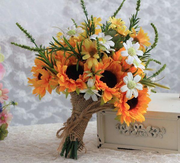 Arranjo de flores casamento country