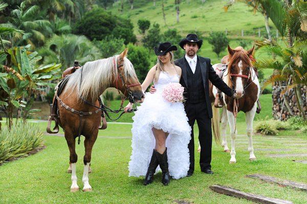 Vestuário casamento country