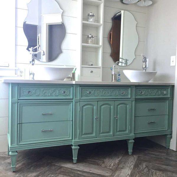 Cômoda na decoração de banheiro