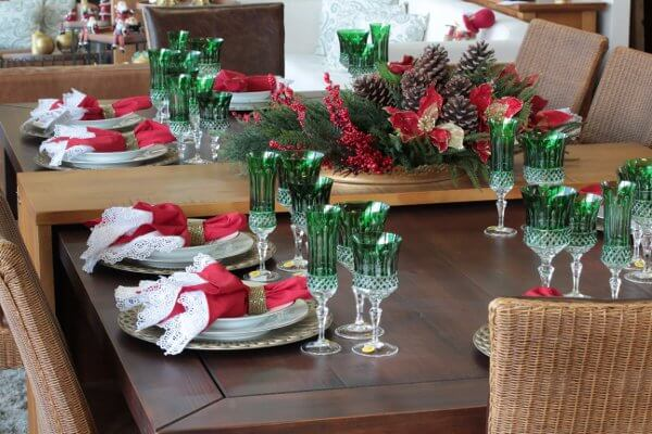 mesa de natal decorada casa da Iaza