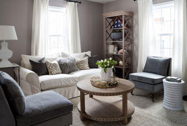 Sala de estar bem decorada