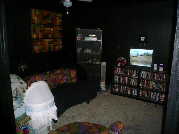 Sala de estar escura