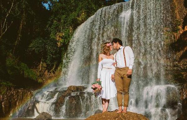 elopement wedding na cachoeira