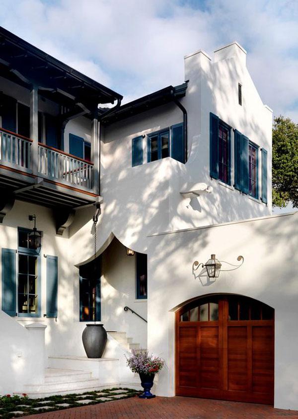 janelas coloridas das casas espanholas