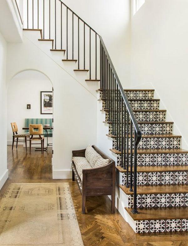 escadas decoradas estilo espanhol