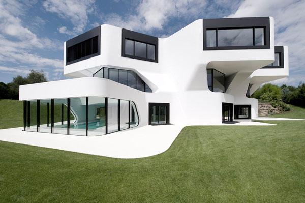 casa com design futurista