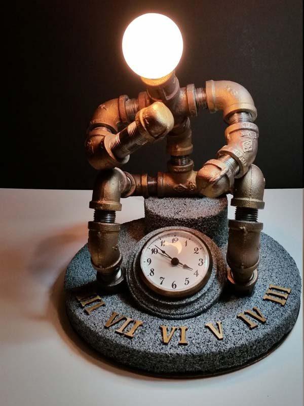 luminária criativa com tubo