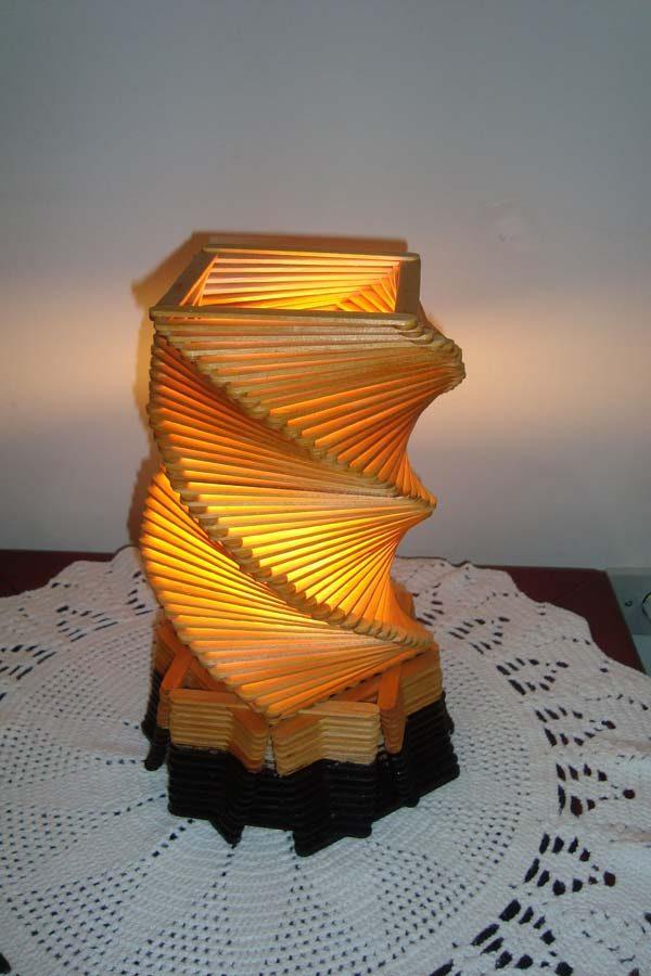 luminária de palito de picolé