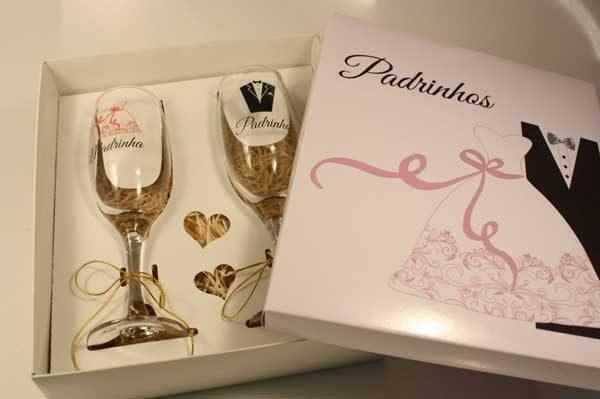 taças personalizadas para padrinhos de casamento