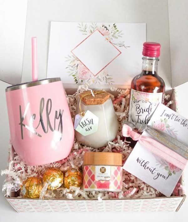 caixa convite personalizada para madrinha de casamento